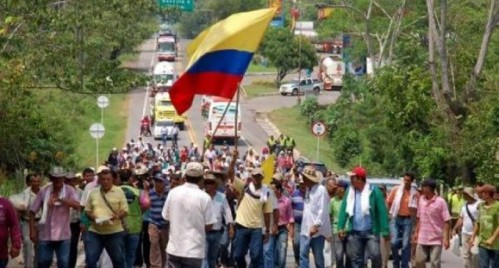 Colombia-campesinos-680x365